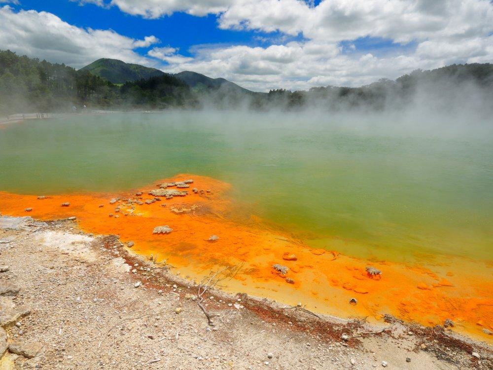 Rotorua Champagne Pool