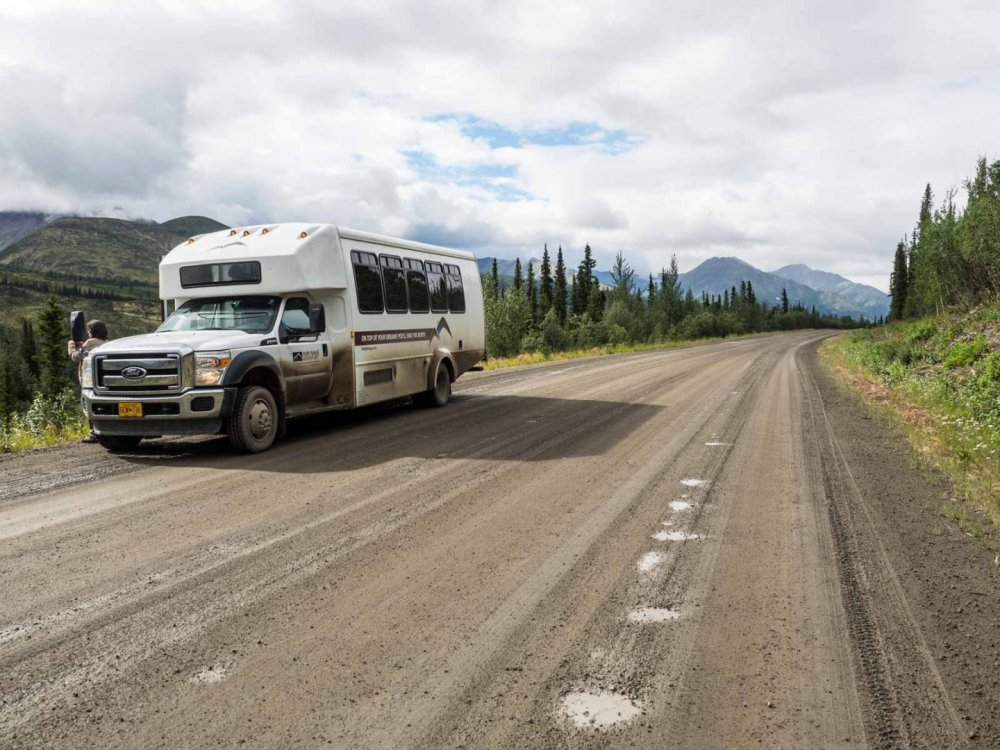 Schotterstraße im Yukon
