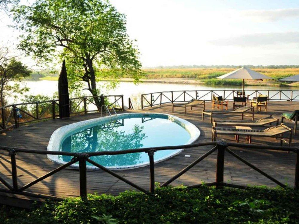140Y21002 Lodge-Safari Selous Wildreservat Karte