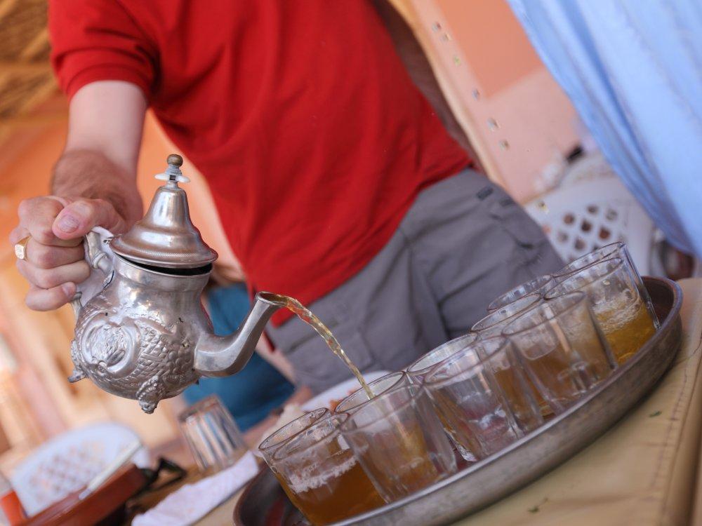 Tee in Merzouga bei einer Teezeremonie