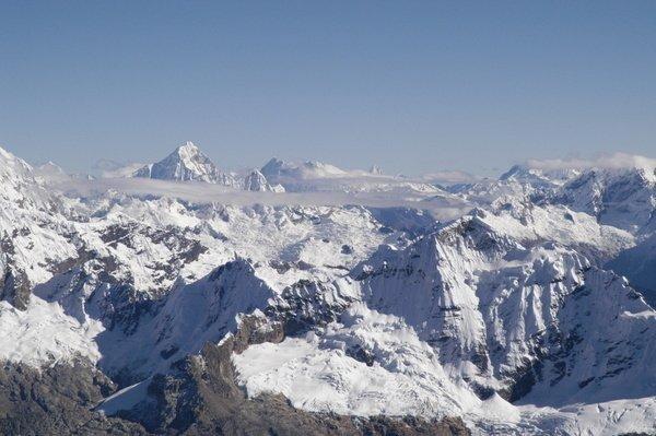 188P00024_ActivePeru_Tocllaraju_Blick vom Gipfel