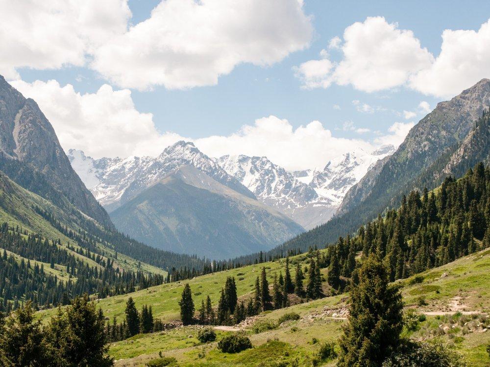 Kirgistan Schlucht