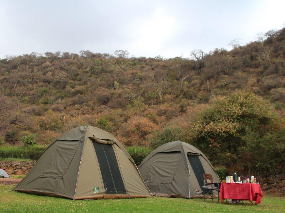 Zelte auf dem Migombani Camp