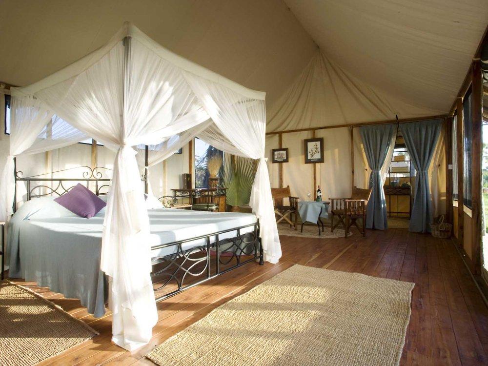 Komfortables Zelt im Maramboi Tented Camp