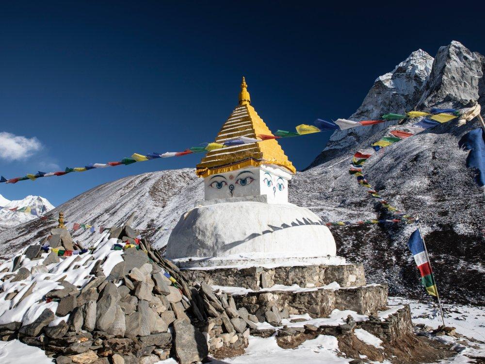 Dingboche Stupa