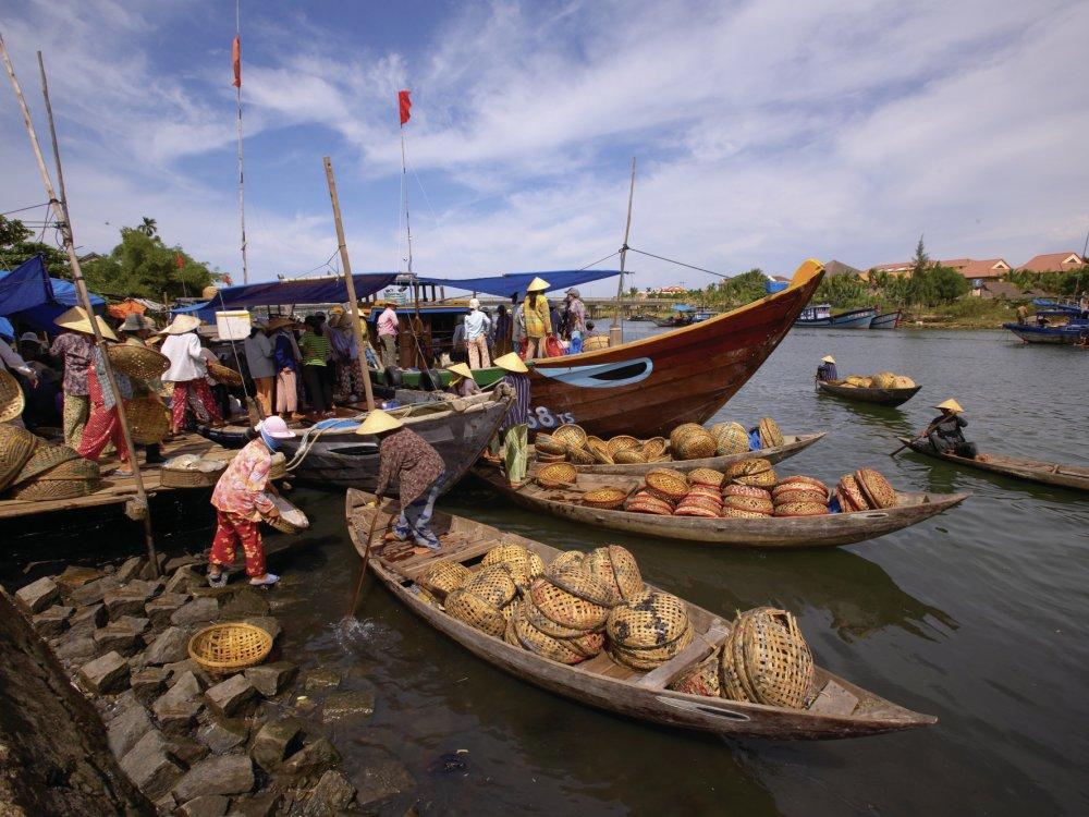 Schwimmender Markt im Mekong Delta