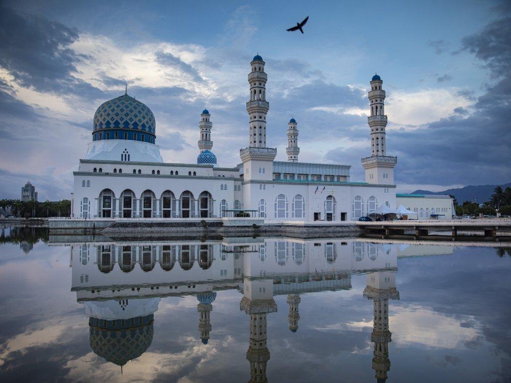 Kota Kinabalu Floating Mosque