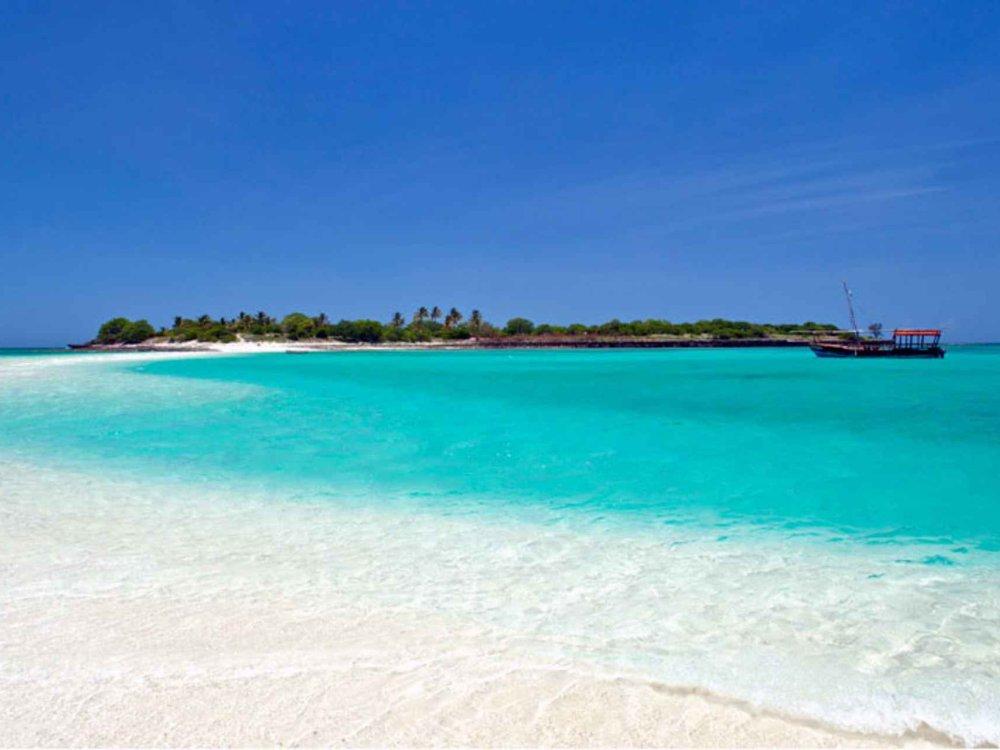 Ibo Island Mobile Safari Strand