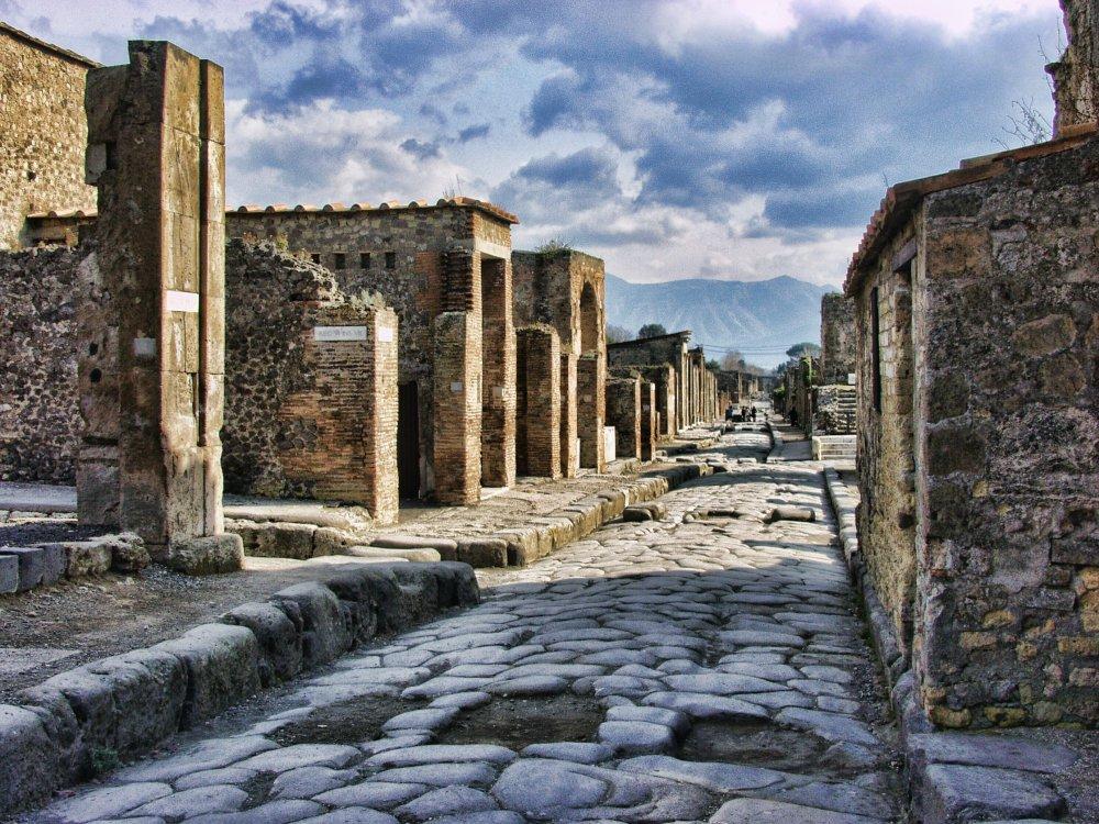 Die archäologische Stätte Pompeji