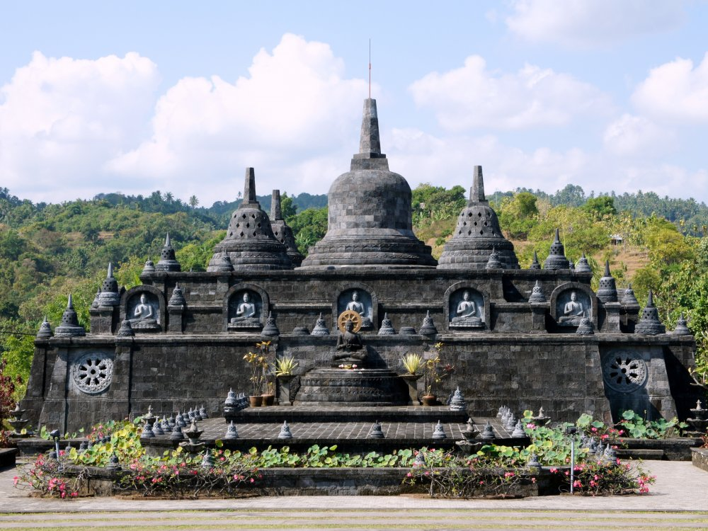 Brahma-Ashrama-Vihara-Tempel