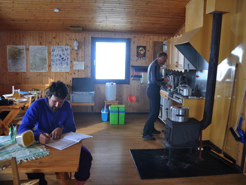 In der Hütte bei der Fjälltour