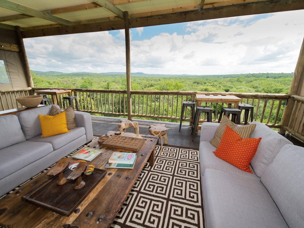 Entspannen in der Loung der Zululand Lodge