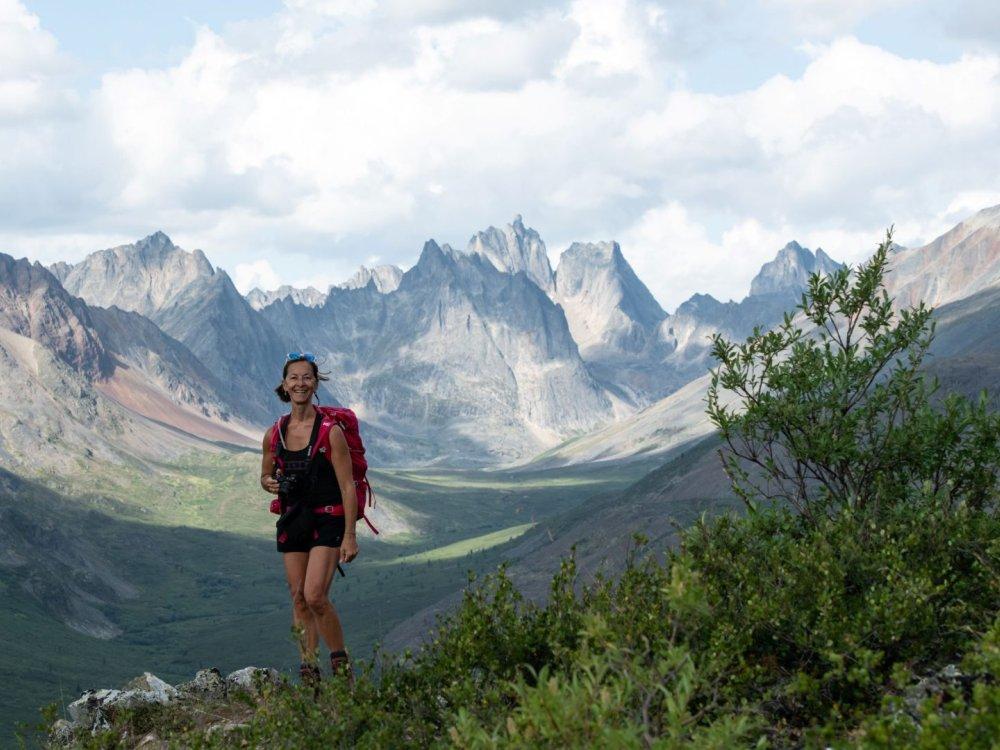 Wandern in den Tombstone Mountains