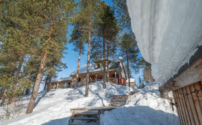 Hütten im Snowtrail Dogcamp