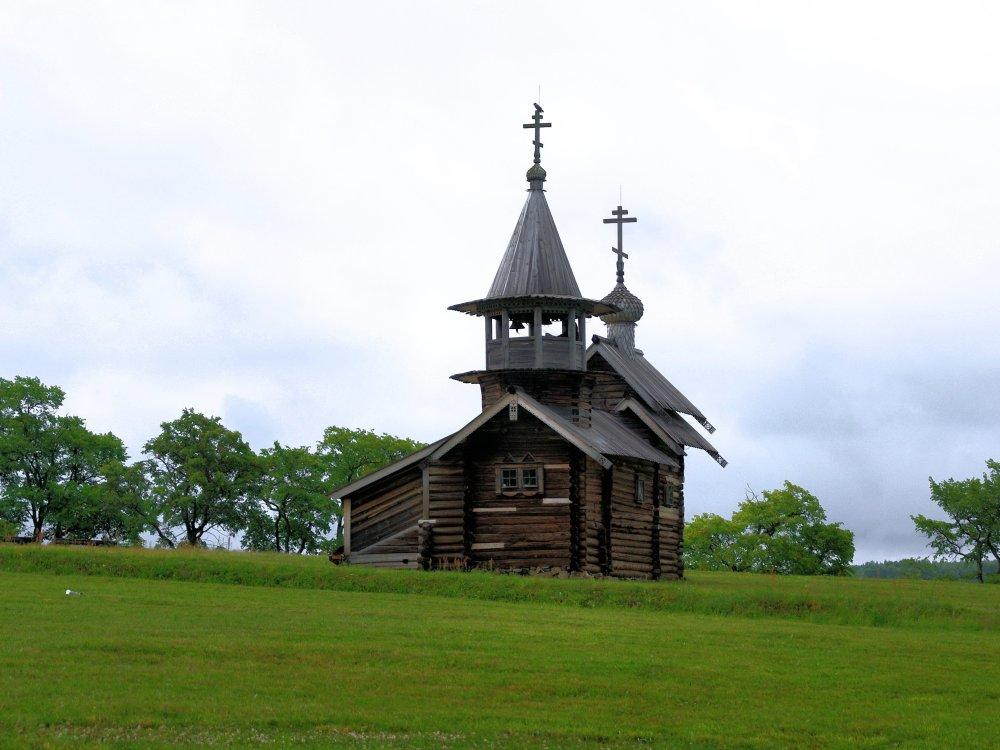 Holzkirche auf der Insel Kichi