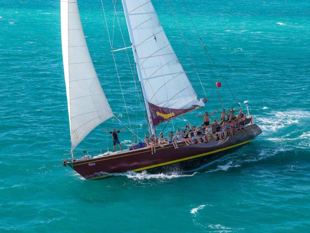 Whitsunday Maxi Sailing