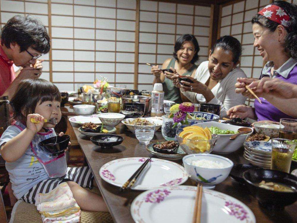 Abendessen bei der Gastfamilie in Hagi
