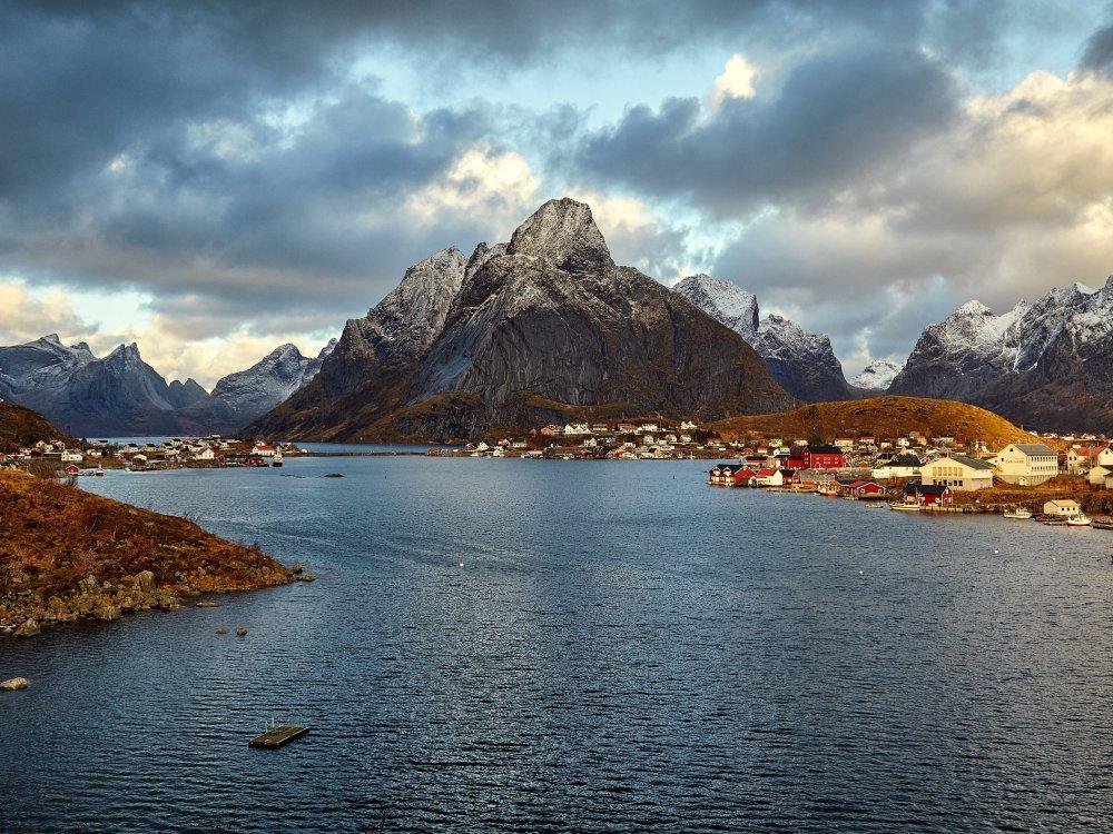 Fischerdorf Reine auf den Lofoten