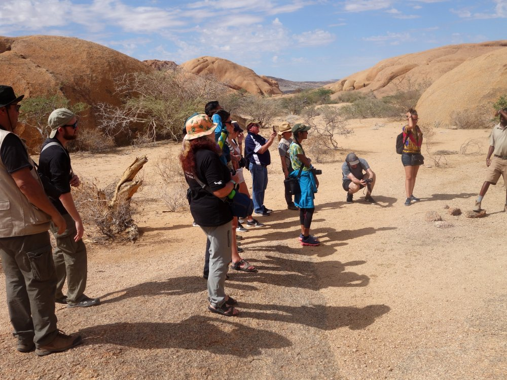 Spitzkoppe-guided-walk