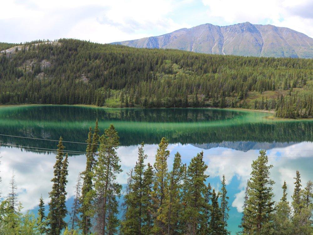 Zauberhafter Emerald Lake am South Klondike Highway