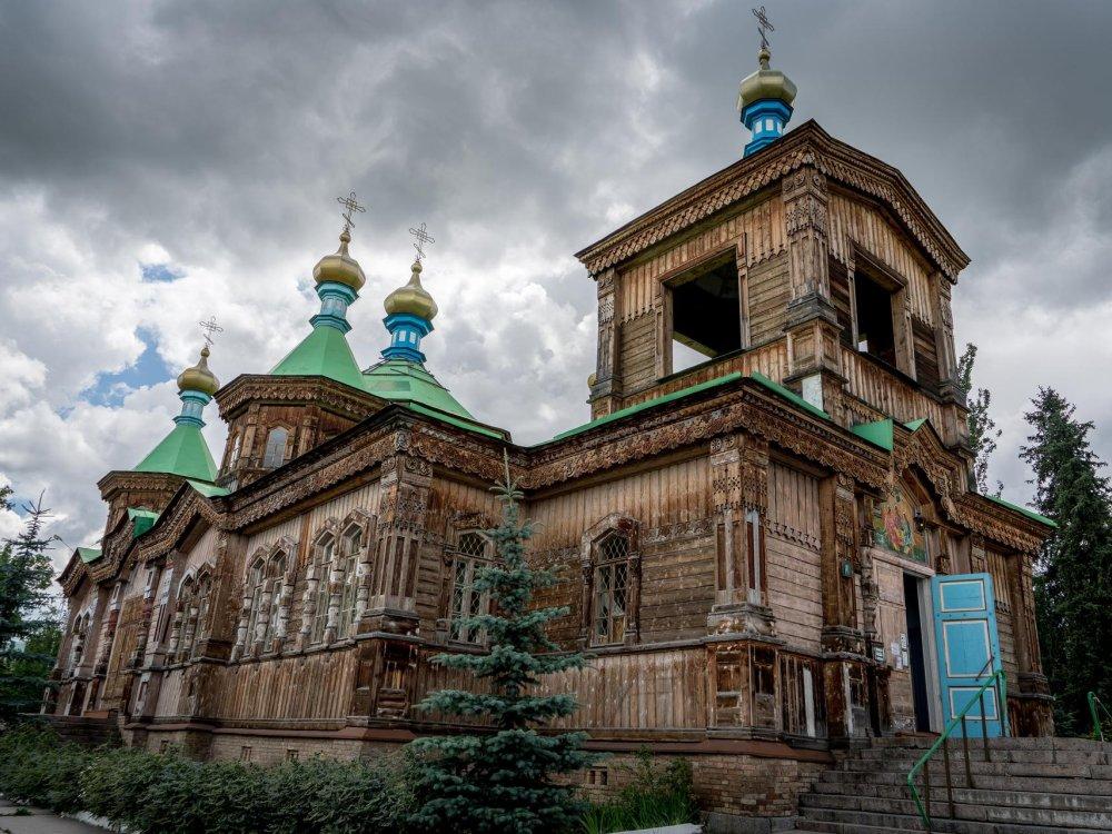 Karakol Kathedrale der Heiligen Dreieinigkeit