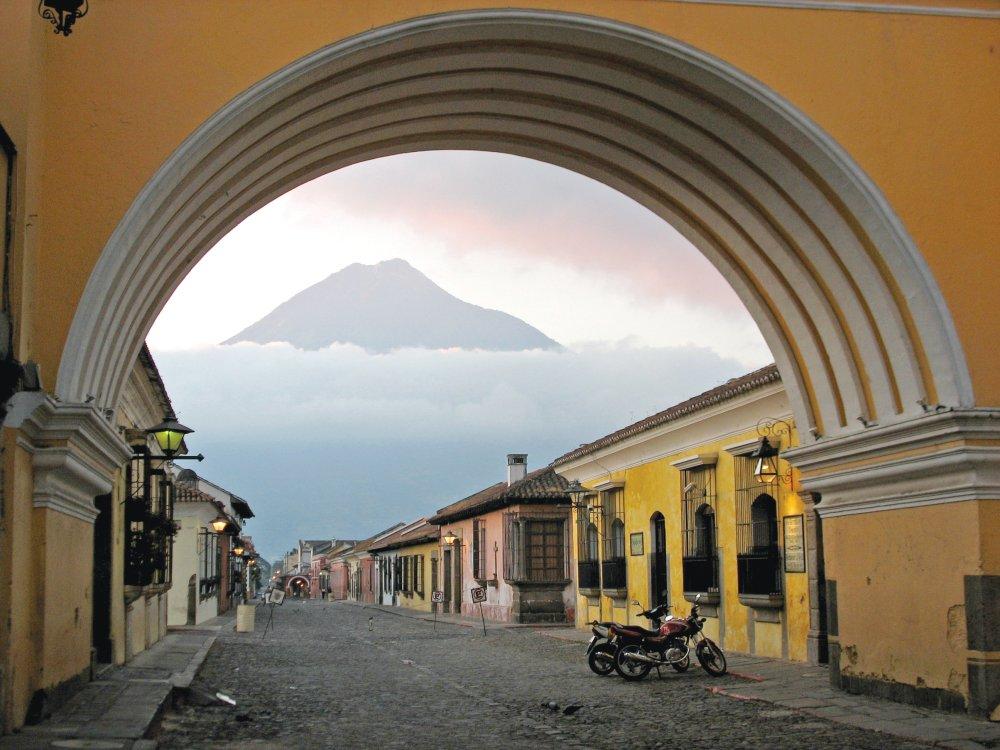 Antigua Vulkan Sonnenaufgang