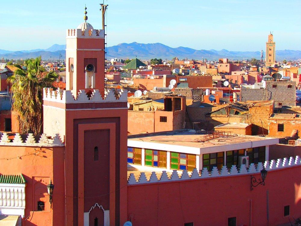 Blick über die rote Stadt Marrakesch