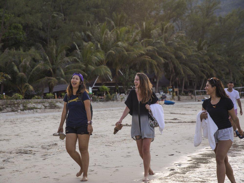 Koh Phangan Spaziergang am Strand