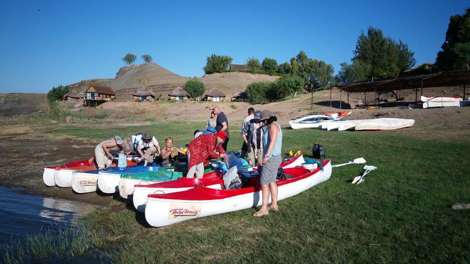 Vorbereitung zur Kanutour auf dem Oranje River