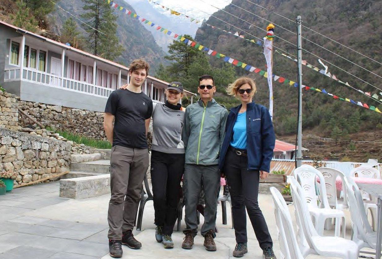 Nepal Trekking Familie Nies