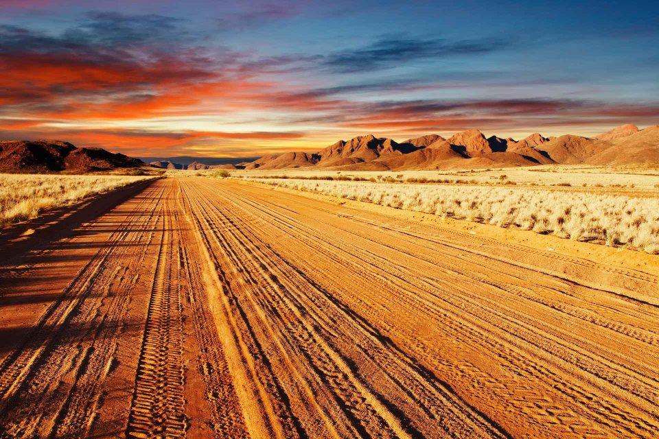 Unterwegs auf einer wilden Piste in Namibia