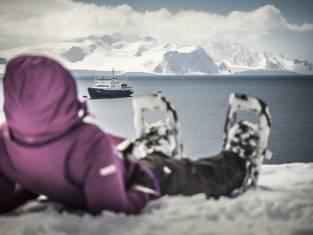 Schneeschuhwandern in der Antarktis