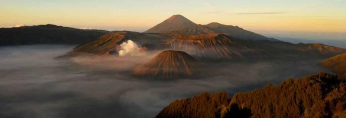 Erlebnisreise von Java nach Bali