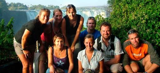 Reisegruppe an den Victoria Wasserfällen