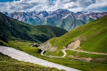 Straße im Song Kul Valley