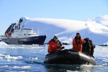 Antarktis - Basecamp Plancius