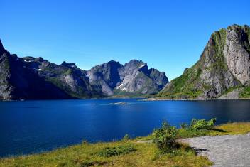 Landschaft bei Svolvaer auf den Lofoten