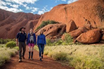 original_Uluru_guided