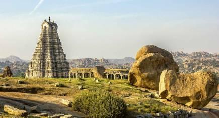 Karnatakas Steinzeugen & Goa Strandfreuden