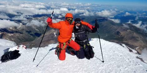 Elbrus Besteigung auf dem Gipfel