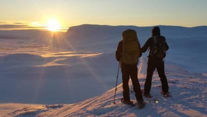 Sonnenuntergang auf Schneeschuhen