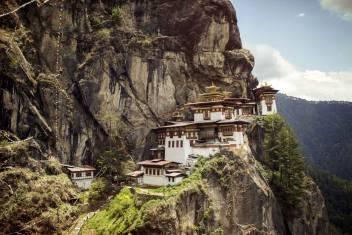 Bhutan - Dzongs, Klöster und Täler