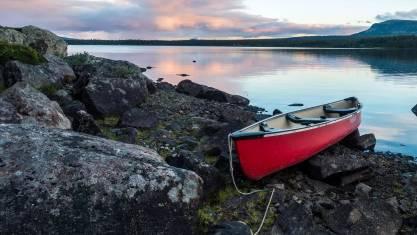 Kanutour auf dem Fluss Piteälven in Schweden