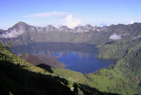 Kratersee Segara Anak am Mount Rinjani