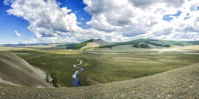 Die Pracht der unendlichen mongolischen Natur