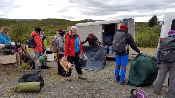 Aufbau des Camps in Alaska
