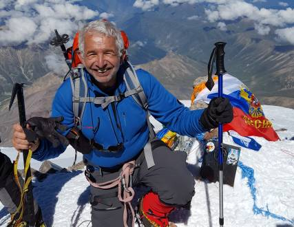 Elbrus-Gipfelaufstieg_mojatravel