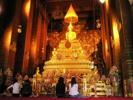 Herrlicher Blick im Tempel in Bangkok